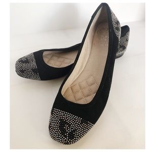 VINCE CAMUTO Leather Suede Metal Beaded Flats 8.5